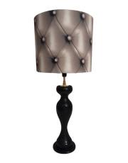 Lampe en bois abat-jour matelassée