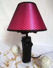Lampe en bois abat jour résille