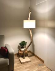 lampadaire en bois sur mesure